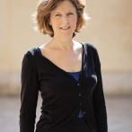 Corinne d'Anjou, Vice Présidente